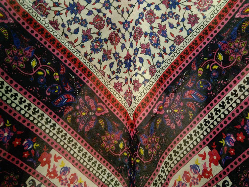 روسری ریشه پرزی نخی کد 481