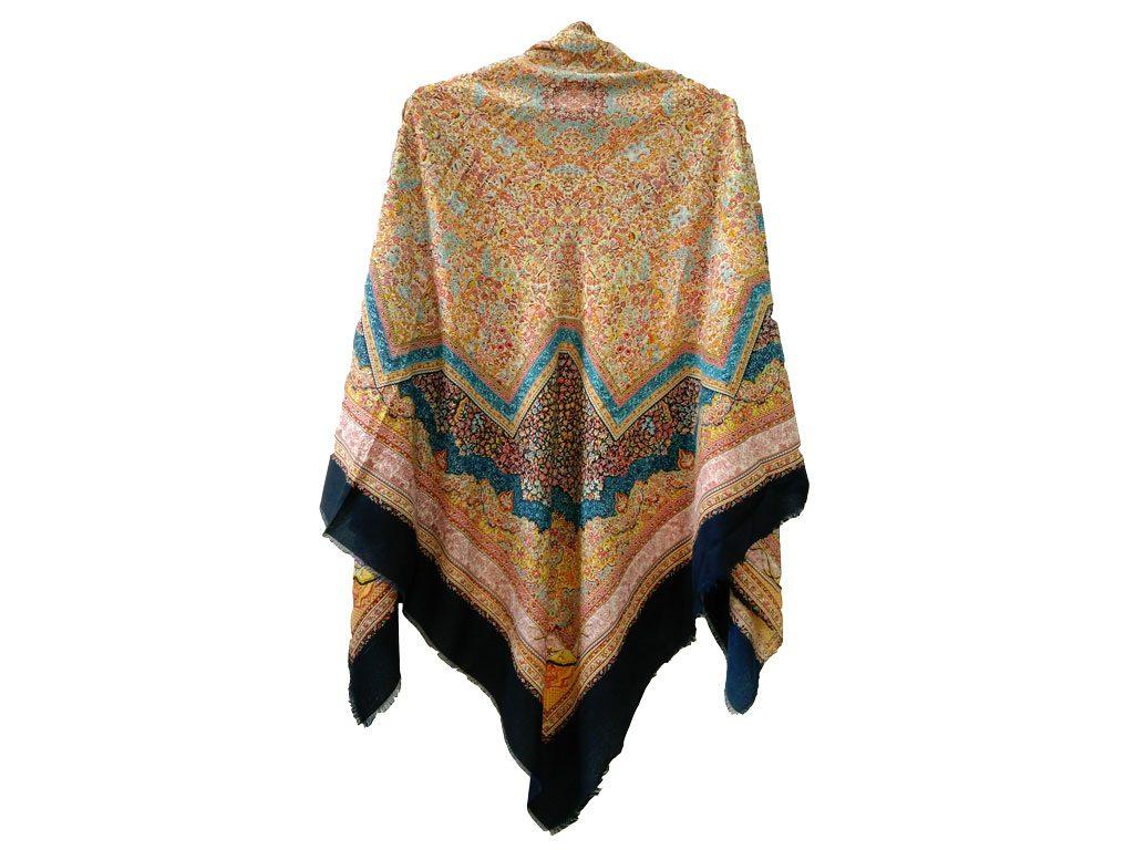روسری نخی ریشه پرزی کد 623