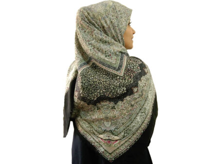 روسری نخی ریشه پرزی حاشیه مشکی 627 | خرید روسری حاشیه مشکی | روسری قواره بزرگ