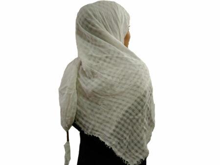 روسری نخی منگوله دار سفید 782