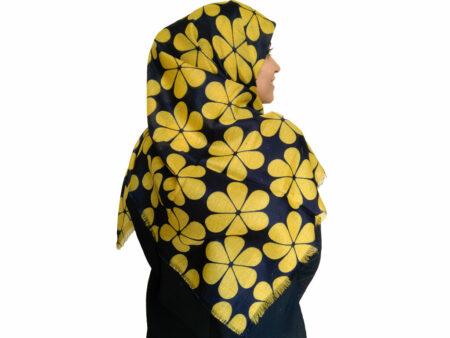 روسری طرح گل سرمه ای زرد 869 | خرید شال طرح گل | شال سرمه ای زرد | خرید اینترنتی شال