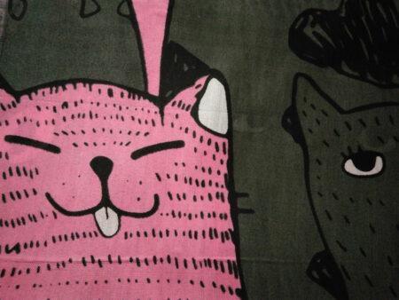 شال نخی پترن گربه دودی صورتی 885 | خرید اینترنتی شال طرح گربه | خرید شال گربه ای
