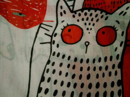 شال نخی پترن گربه سفید قرمز 886 | خرید اینترنتی شال طرح گربه | خرید شال گربه ای
