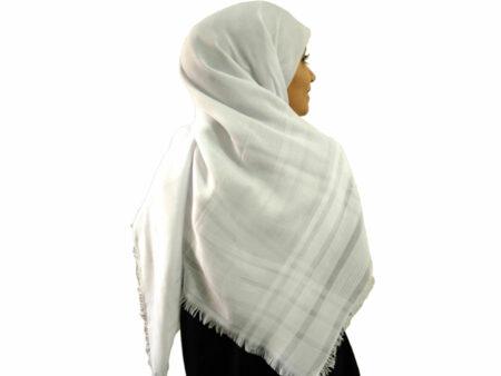 روسری نخی سفید 902 | خرید روسری سفید قیمت مناسب | فروشگاه تخصصی شال و روسری کاشانه