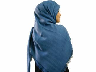 روسری نخی آبی نفتی 907 | خرید روسری آبی قواره بزرگ | فروشگاه تخصصی شال و روسری کاشانه